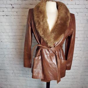Avanti Vintage Leather Jacket faux fur trim